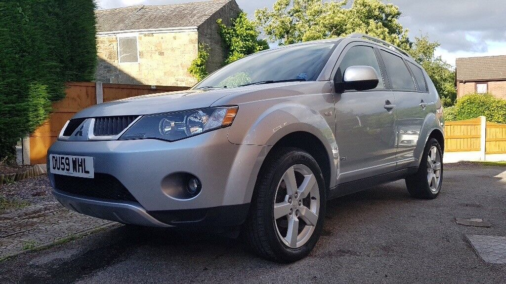 Mitsubishi Outlander 2.0 GSE 2009(59) 7 seats one owner from new