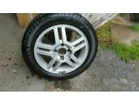 Set of 5 ford focus alloy wheels