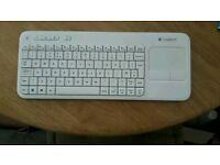Logitech K400r Wireless Keyboard & Track Pad