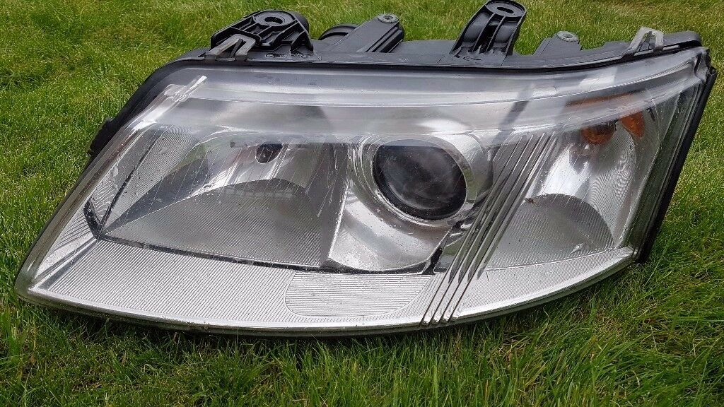 Saab 9-3 Headlights saloon 02-07