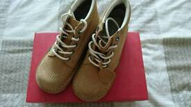 Kickers Size 5 Tan New in box