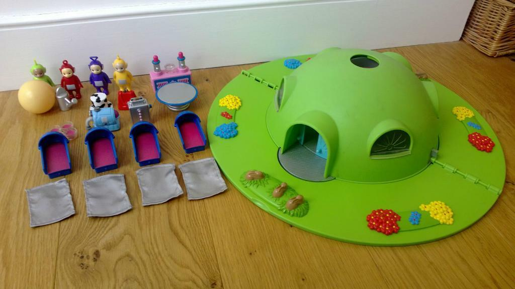 tomy teletubbies teletubby house home hill playset in