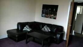 1bed flat to let