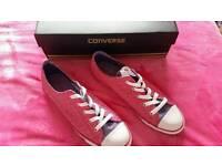 Converse (pink & purple - Size 7)