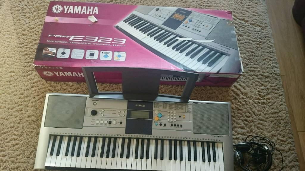 yamaha psr e323 digital keyboard in lochgelly fife. Black Bedroom Furniture Sets. Home Design Ideas