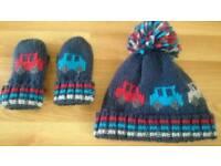 Children's Hat & Mittens Set Age 2 to 4 - Brand New