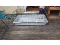 Good condition rabbit cage 40.00 ovno