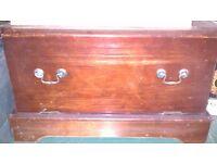 Vintage solid wood retro little sideboard/storage