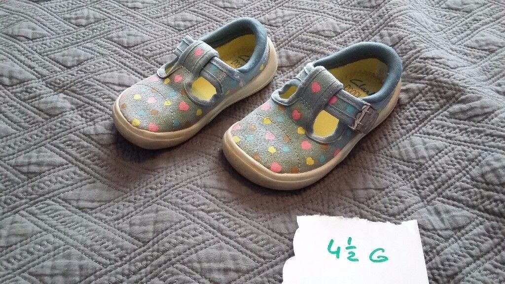 Baby girl shoes, size 4,5g from clarks