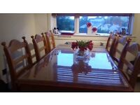 Price reduced..Large dining table and 6 chairs