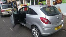 Vauxhall Corsa, 1years MoT, 6months tax, only 61k miles with all the standard features. Very clean