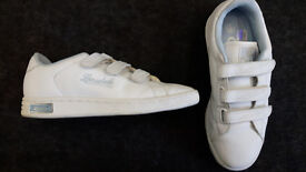 LADIES SIZE 5 TRAINERS - WORN ONCE