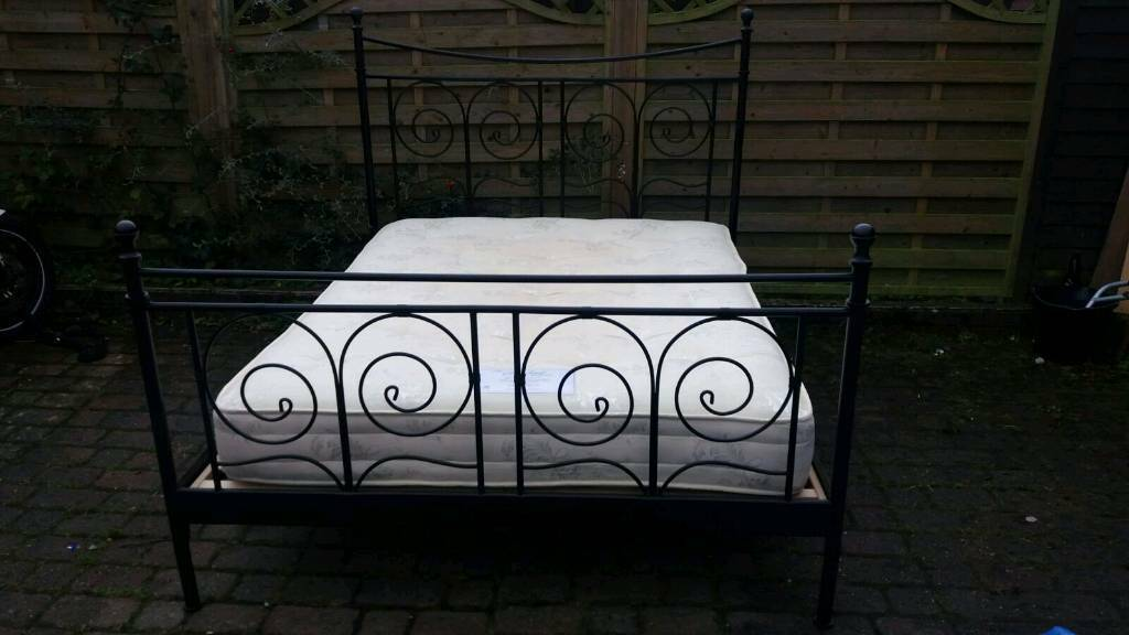 Stunning king size bed frame with mattress. Delivery possible