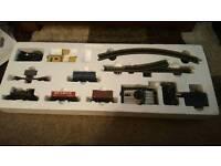 Hornby city industrial train set
