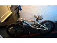 REDUCED BMX BIKE IN VGC IDEAL FOR XMAS SNOW WHITE CAMOFALGE