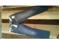 Blue Jeans Straight Fit Mens 32 Waist and 30 Leg. New