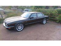 """Jaguar XKR XK8 18"""" Double 5 Alloys and Tyres XJR XJ6 Wheels"""