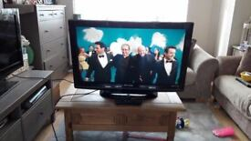 **PANASONIC**37 INCH TV**MODEL: STX-P37X10B**HD TV WITH FREEVIEW**1080p**FULLY WORKING**NO OFFERS**