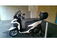 Yamaha Tricity 2014 Dec with accessories and Zumo (fixed)