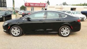 2015 Chrysler 200 Limited, Heated Steering and Seats, Powersunro
