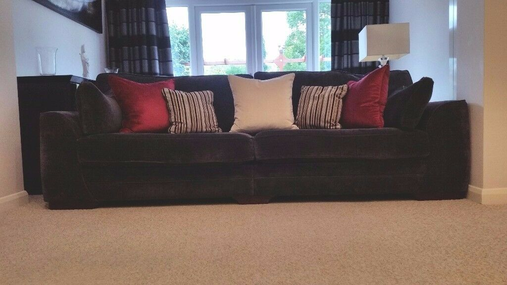 4 Seated Couch And Love Seat For Sale At Only £300!