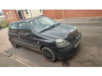 CLIO FOR SALE 06 PLATE SPARES OR REPAIR