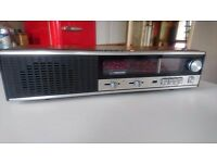 VINTAGE 1976 SLIM STYLISH FERGUSON 3196 MAINS RADIO FAB SOUND DECOR DISPLAY LED CLOCK ALARM GWO