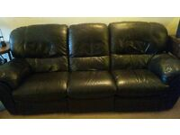 Leather recliner 3 piece suite