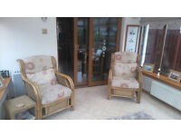 CONSERVATORY SUITE 2 SEATER 2 SINGLE CHAIRS & GLASS TOPPED TABLE