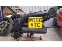 Suzuki SV650s frame in VGC with V5. K6 2006 Minitwin Breaking Project SV650