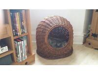 Willow Wicker Cat/Dog Pet Basket