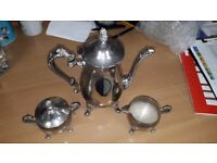 Vintage 3-piece tea set