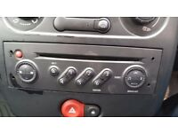 Renault Clio Original Cd Player in Working Order