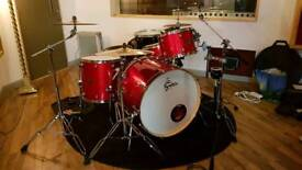 Gretsch Catalina Club Rock Drum Kit with Sabian AAX Cymbals