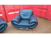 3 Piece Black Leather Style Suite £300 O.N.O!!! Good Condition