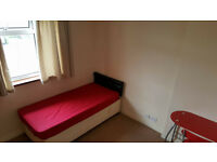 Large Single Bedroom to rent