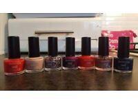 Nail polish set, by Seventeen