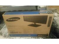 Brand New 27 inch Smart Samsung TV
