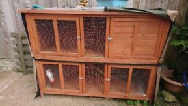 Large double rabbit hutch with thermal hutch cover