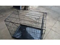 Folding Pet Carrier in Black metal in Excellent Condtion