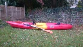 Corona Feel free KAYAK family size for seating for 3 persons with 2 seats and 2 oars