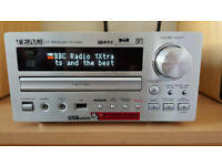 Teac Mini HIFI System with Speakers DAB ,FM, USB, CD Very Good condition