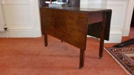 Antique Georgian mahogany gateleg table in beautiful condition, seeks new home.