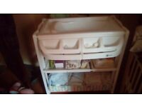 Baby bath an changing stand
