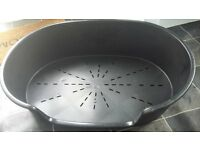 "Large Black Plastic Dog Bed Ferplast 30"" (77cm) Good Condition"