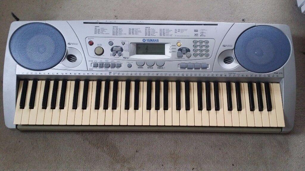 Yamaha PSR-275 (61 Touch Response Keys) - Good working condition