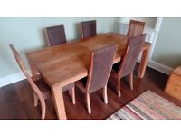Indonesian Teak Table with 6 matching Chairs - Superb condition