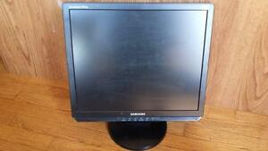 Samsung SyncMaster 920BM 19-inch LCD Monitor