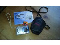 Digital Camera (Nikon CoolPix 2000)
