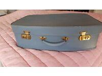VINTAGE 1960s ORIGINAL SUITCASE BLUE COLOUR